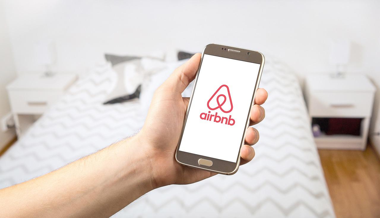 Airbnb Messenger Marketing