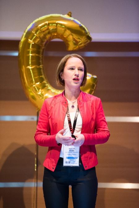 Speaker Claudia Hilker über Hasskommentare im Netz